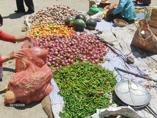 1044Paro-a Vegetable market